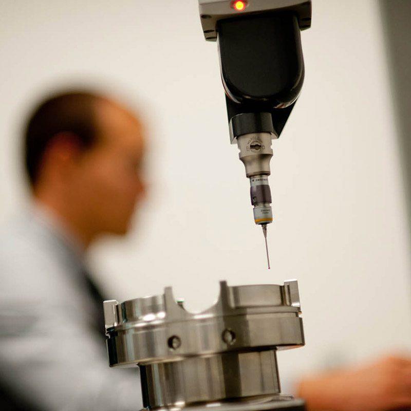 Powder measuring device